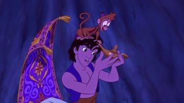 Aladdin también flipa con su nueva lámpara