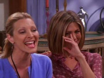 Escena de Rachel y Phoebe en 'Friends'