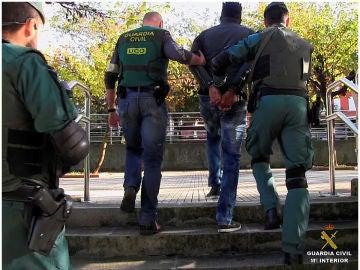 Fotografías de la operación llevada a cabo en doce provincias contra la trata de personas