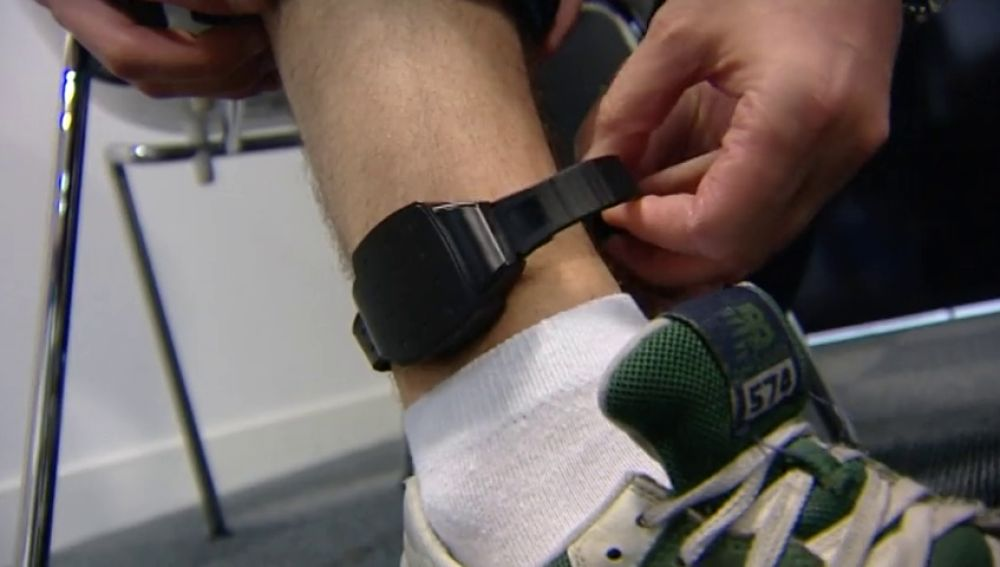Las pulseras para controlar a maltratadores no se renuevan por falta de presupuesto