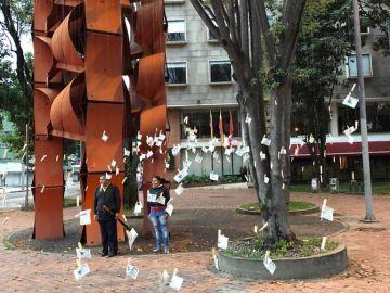 'Árbol de billetes' en Medellín