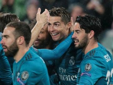 Cristiano celebra un gol con el Real Madrid