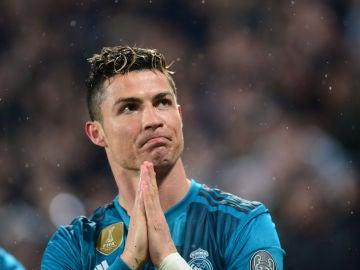 Cristiano Ronaldo agradece la ovación a la afición de la Juventus