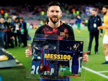 Leo Messi, durante su homenaje en el Camp Nou