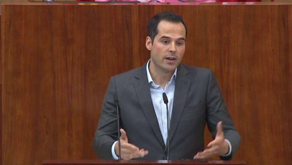 """Ciudadanos impulsará una Comisión de Investigación para """"aclarar toda la verdad y dirimir todas las responsabilidades"""" sobre el máster de Cifuentes"""