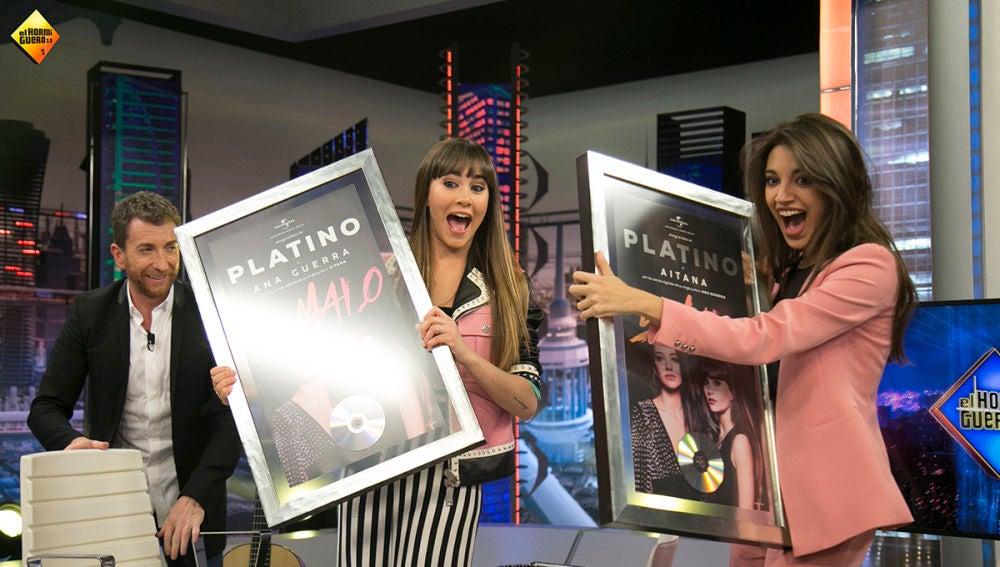 Aitana y Ana Guerra reciben su primer Disco de Platino por su single 'Lo malo'