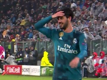 Isco, alucinando con el gol de Cristiano de chilena