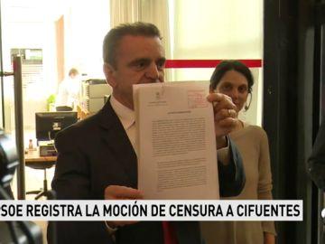"""El PSOE registra la moción de censura contra Cristina Cifuentes al ver el """"fraude más evidente"""""""