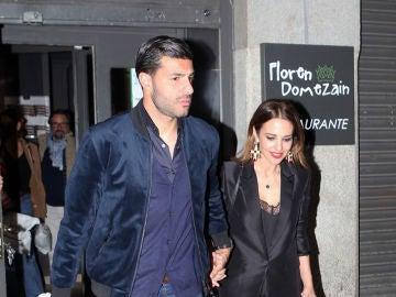 Miguel Torres y Paula Echevarría tras la cena del sábado
