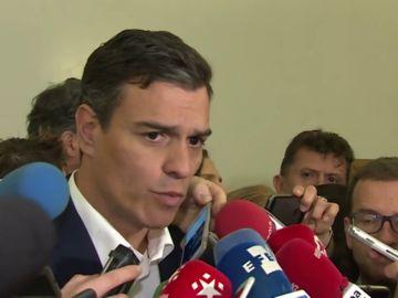 """Pedro Sánchez, a Rivera: """"Se puede pasar de regenerador a encubridor"""""""