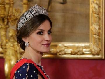 La reina Letizia con la tiara Cartier