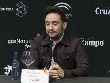 Juan Antonio Bayona en rueda de prensa en el Festival de Málaga