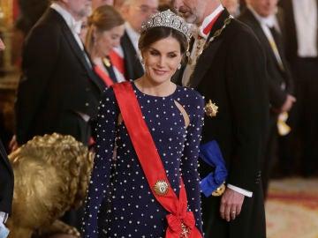 La reina Letizia durante la recepción de invitados