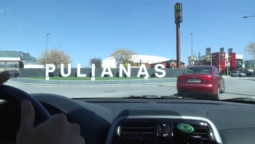 Detienen a un hombre en Granada por conducir drogado y dejar a sus hijas en un local de comida rápida