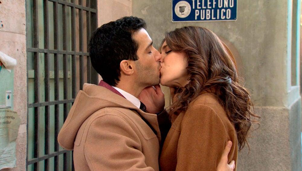 """El beso más esperado de Ignacio y María: """"Daría por ti mi vida una y mil veces"""""""