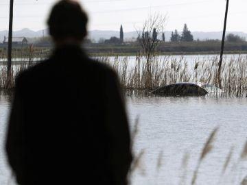El caudal del Ebro continúa descendiendo  a su paso por Zaragoza