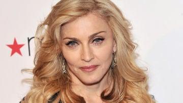 Madonna presentando su nueva fragancia Truth Or Dare' en Nueva York