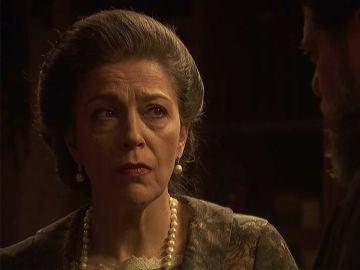 Francisca cuestiona los sentimientos de Mauricio por Nazaria