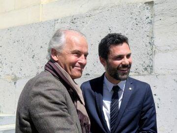 El presidente del Parlamento de Cataluña, Roger Torrent, junto al alcalde de Ginebra, Rémy Pagani