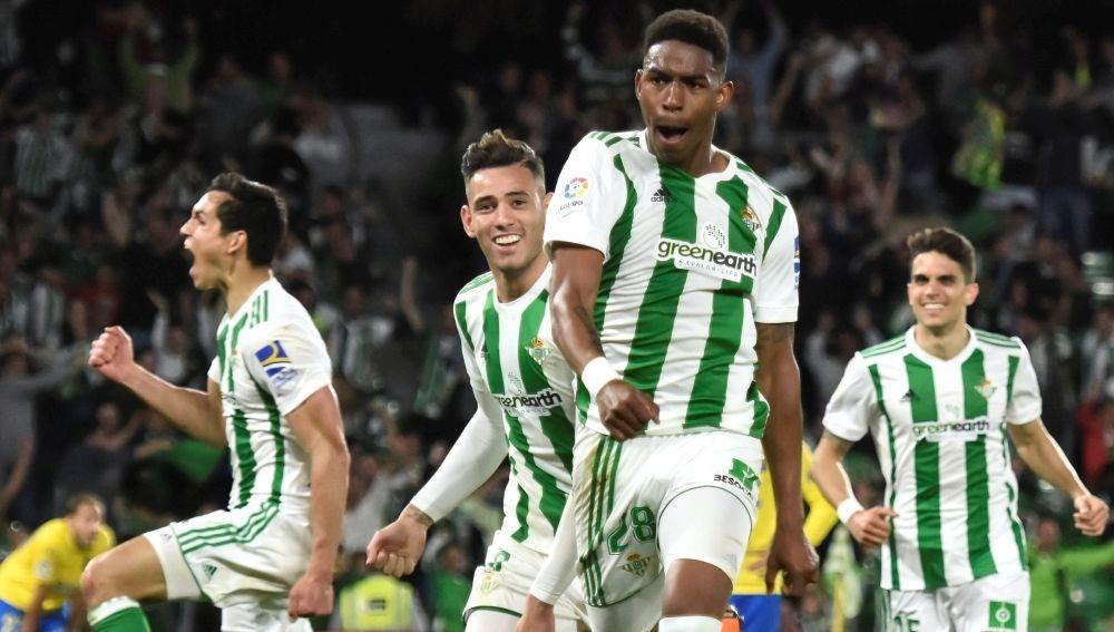 Junior celebra su gol contra Las Palmas