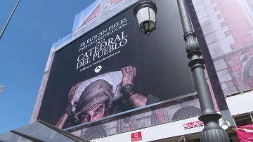 'La Catedral del Mar' busca fieles en el centro de Madrid para la construcción de la catedral del pueblo