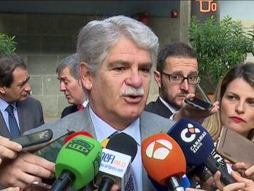 Alfonso Dastis enmarca la vuelta de los embajadores en favorecer una salida a Venezuela