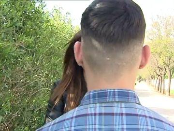 """Denuncian a un vigilante de una caseta de la Feria de Sevilla por una agresión homófoba a un joven: """"Aquí no entra un puto maricón"""""""