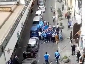 Aficionados de Juventus y Nápoles
