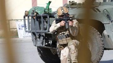 Imagen de archivo de soldados tras un ataque en Kabul