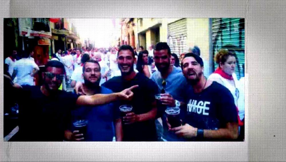 La noche que 'La Manada' robó la fiesta a Pamplona: Expediente Marlasca reconstruye los hechos que motivaron la denuncia por violación múltiple