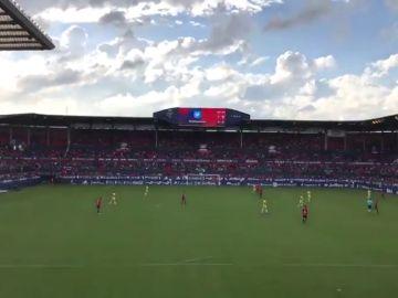 """El estadio de Osasuna clama contra la sentencia de 'La Manada': """"No es abuso, es violación"""""""