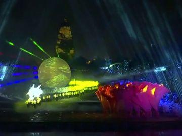 La capital de Xi´an celebra el día del trabajador con un espectáculo de luces