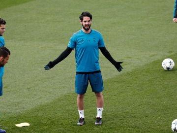 Isco, en el entrenamiento del Real Madrid en Valdebebas