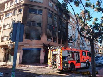 Incendio provocado por un maltratador en casa de su expareja en Albal
