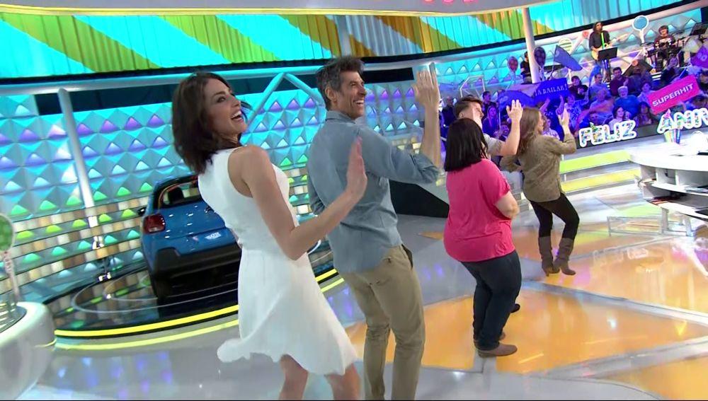 Jorge Fernández y Laura Moure se lanzan a mover las caderas con esta divertida canción