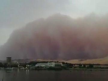 Tormenta de arena sobre el Nilo