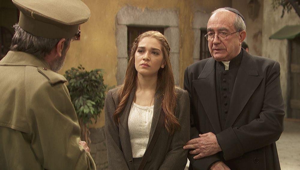 """Julieta, llena de ira, se enfrenta al general Pérez de Ayala: """"Es usted un tirano"""""""