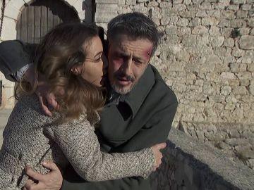 Emilia y Alfonso consiguen liberarse del general Pérez de Ayala