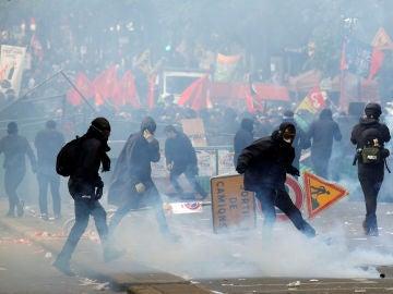 Disturbios en París por el 1 de mayo