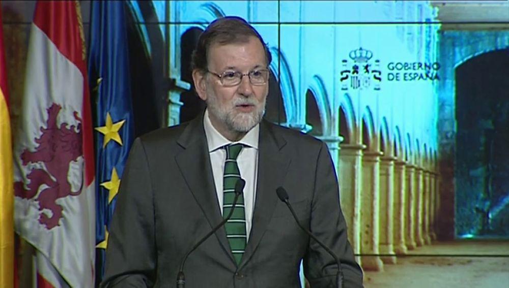 """Rajoy apela al diálogo, el trabajo conjunto y la colaboración institucional para que los españoles compartan un """"proyecto de nación"""""""