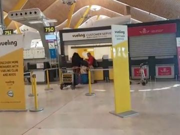 Vueling cancela 232 vuelos este jueves y viernes por la huelga de pilotos