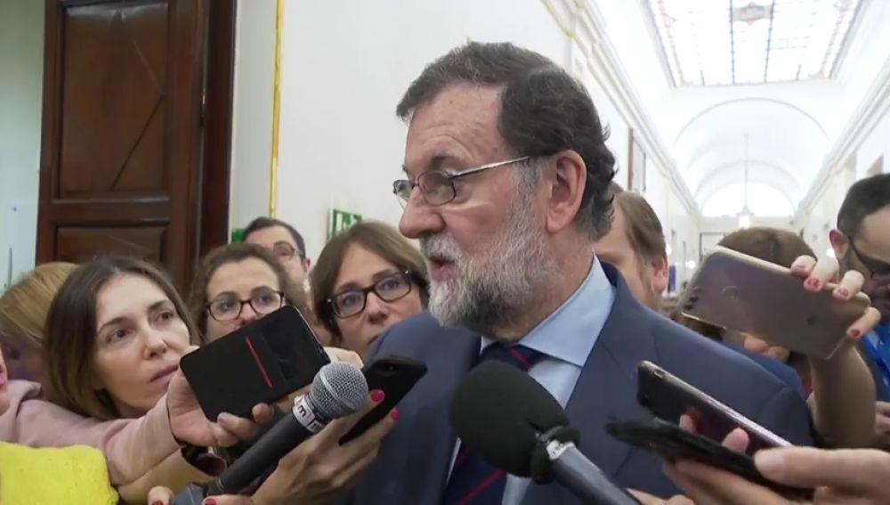 """Rajoy afirma que """"no es una buena noticia"""" que Trump rompa el acuerdo nuclear con Irán"""