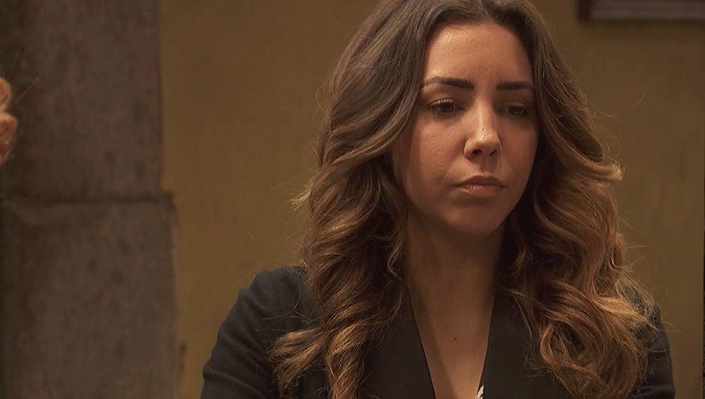 ¿Qué le ocurrió a Emilia en el Penal?