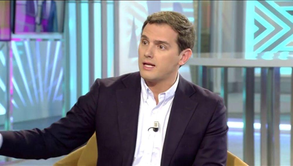 Rivera dice que hace cuatro meses que no habla con Rajoy