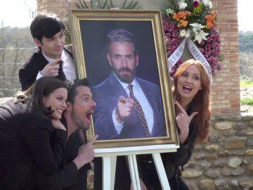 Vivimos el triste entierro de Efe tras las cámaras de 'Cuerpo de Élite'