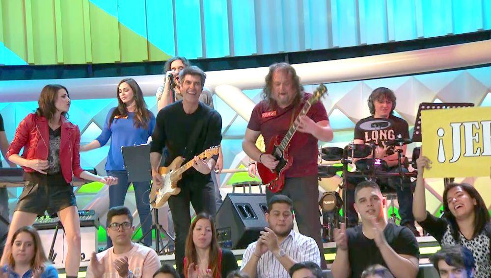 'La ruleta de la suerte' se convierte en un concierto de rock improvisado