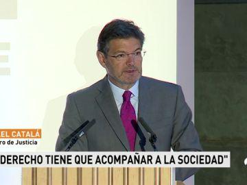Catalá mantiene que hay que adaptar las leyes a los cambios sociales