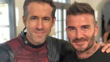 Ryan Reynolds junto a David Beckham