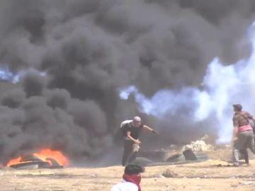 El último de los siete viernes de protestas en Gaza acaba con dos muertos y medio centenar de palestinos heridos