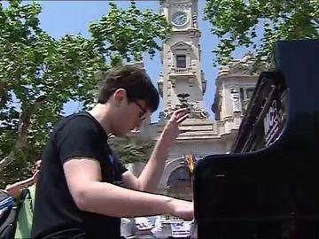Pianos de cola repartidos por la ciudad de Valencia